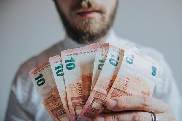 W jakim banku najlepiej wziąć kredyt gotówkowy?